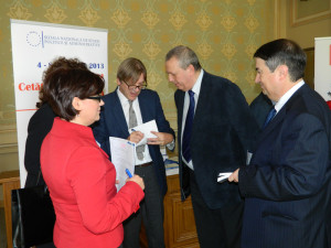 27. Alina BÂRGĂOANU, Guy VERHOFSTADT (giving autographs), Sorin DRAGNEA and Theodor PURCĂREA